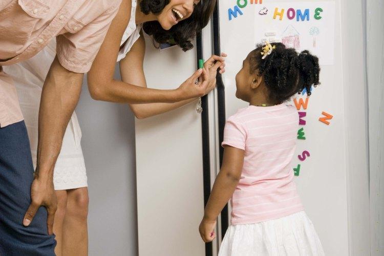 Desinfectar tu refrigerador ayudará a mantener segura a tu familia.
