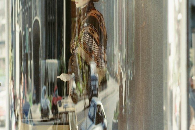 La  ropa retro o vintage es sencilla y una solución muy accesible al crear un estilo propio.