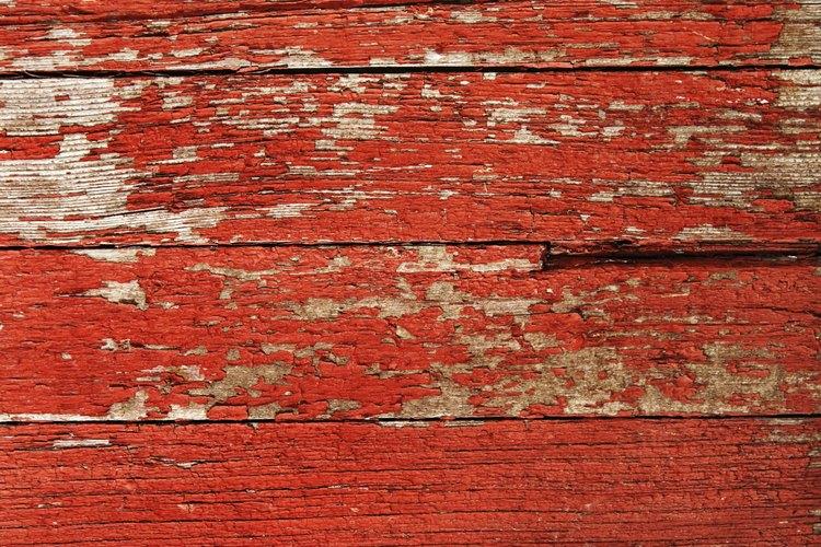Las paredes exteriores pintadas en ocasiones se descascaran.