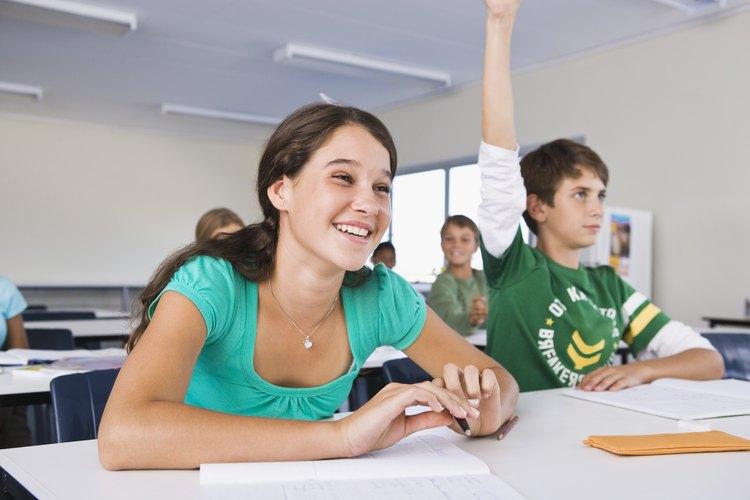 Las técnicas que disciplina que usa el maestro de tu hijo en el salón de clase pueden ayudarte en casa.