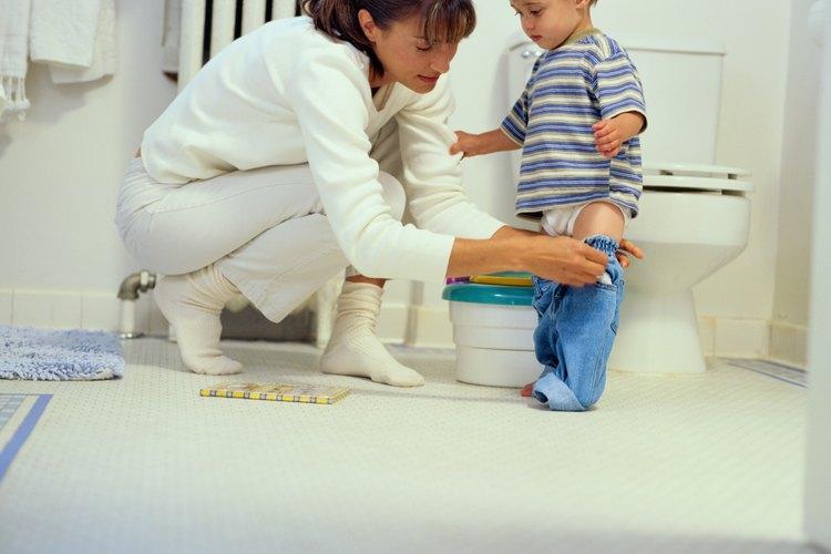 Los juegos pueden alentar a tu hijo a utilizar el inodoro más a menudo.