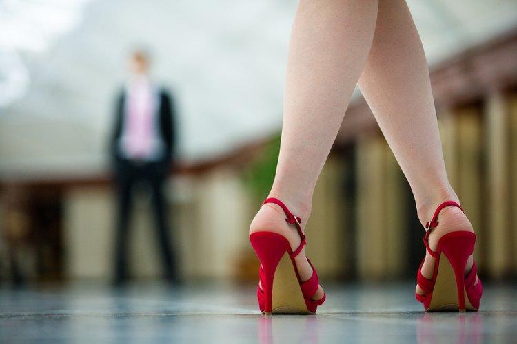 Esos zapatos hermosos no tienen que hacerte doler.
