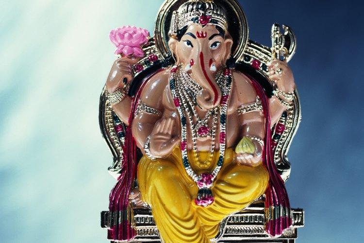 Señor Ganesh es el Dios Hindú (deva) honrado por muchas otras religiones.