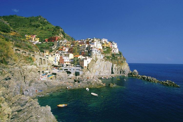 Riomaggiore se encuentra en el extremo sur de la ruta costera.