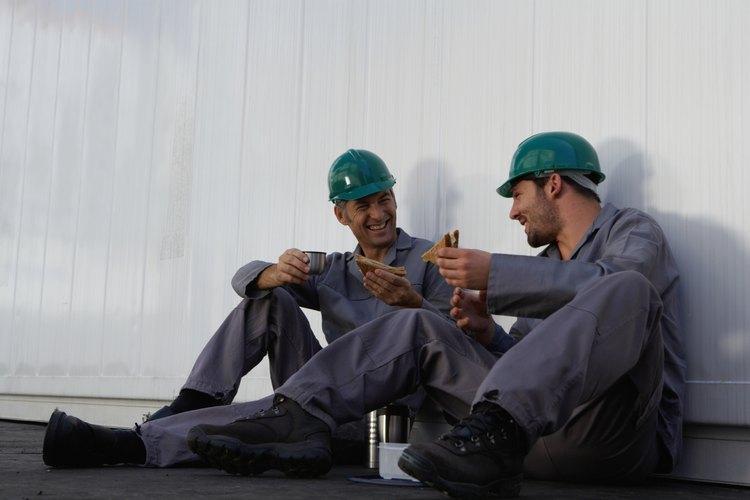 Negocia colectivamente con el empleador y gana el mejor acuerdo para los trabajadores.