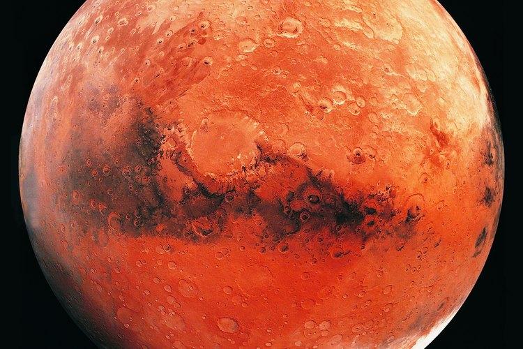 Marte, conocido como el planeta rojo, tiene dos satélites en su órbita.