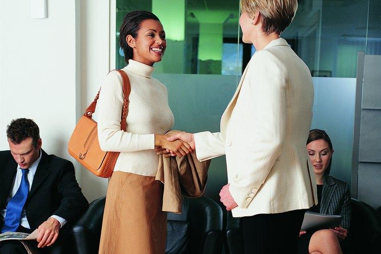 Los beneficios por desempleo le pueden brindar a un desempleado el tiempo suficiente para encontrar el empleo adecuado.