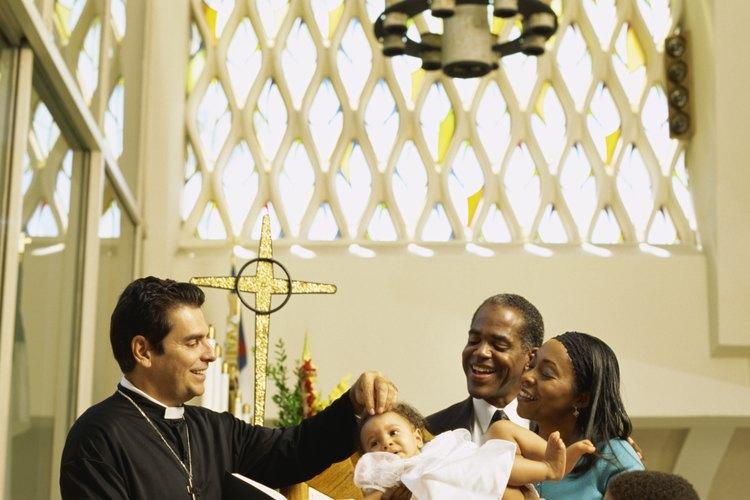 Un bautizo suele ocurrir antes de que el bebé tenga 6 meses de edad.