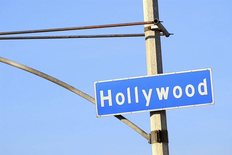 La Escuela de Cine de Los Ángeles de Hollywood ofrece cursos asociados al cine.