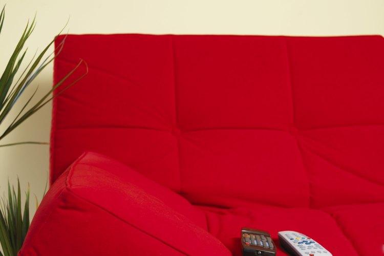Muchos marcos de futones de madera son sencillos de ensamblar.