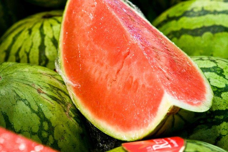 La sandía crece para proteger las semillas en el centro del melón.