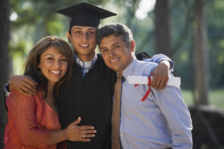 Hazle un buen regalo a tu hijo en su graduación.