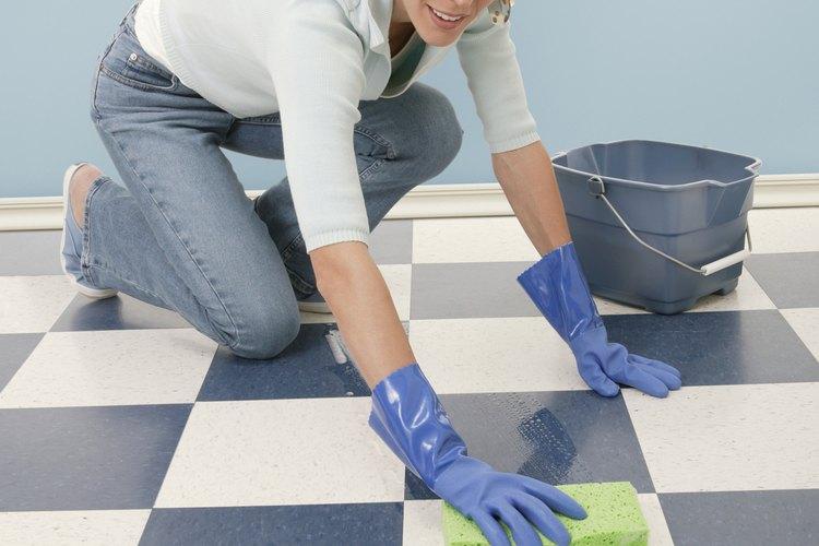 Trata de confinar la mancha a un área pequeña sin propagarla.