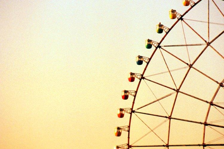Este evento presenta juegos para niños como la rueda de la fortuna.