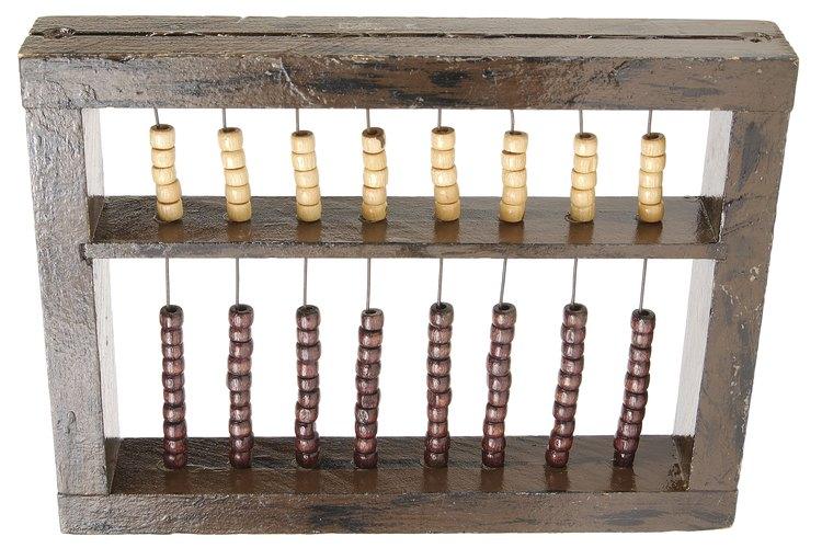 Un ábaco ayuda a las personas a realizar cálculos simples sin el uso de los numerales.