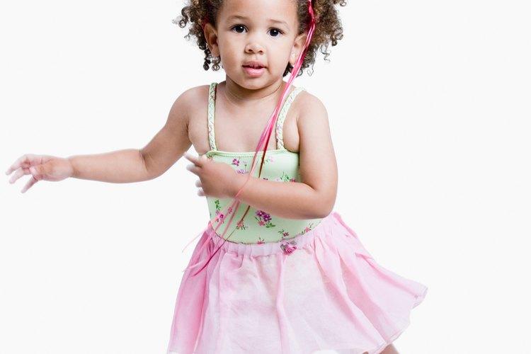 Las actividades de danza apoyan el desarrollo de las habilidades de conciencia espacial de los niños.
