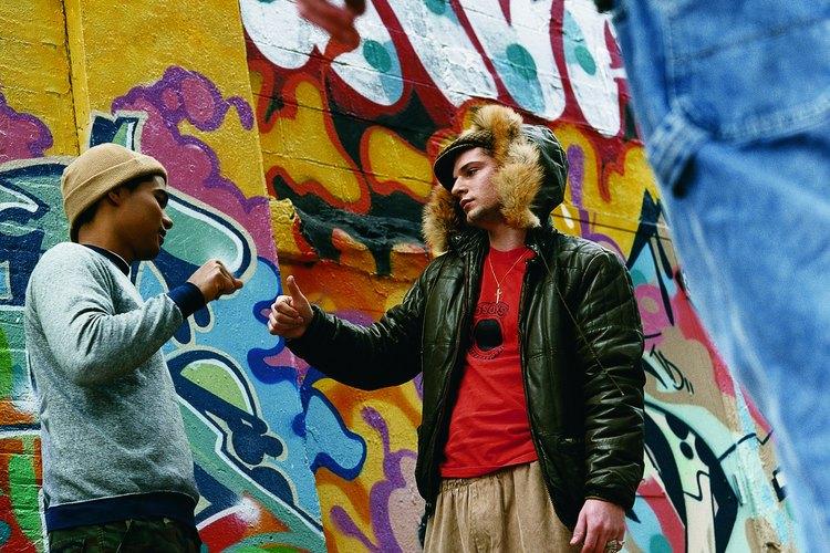 Las pandillas tienen un efecto tóxico en los adolescentes.