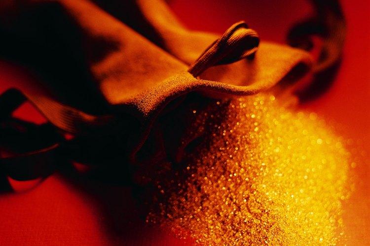 La prueba de fuego es un método antiguo, pero preciso para evaluar el polvo de oro.