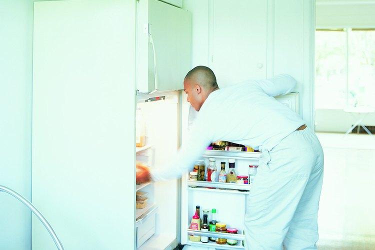 Si la puerta de tu refrigerador no cierra puedes tratar de resolver el problema siguiendo unos simples pasos.