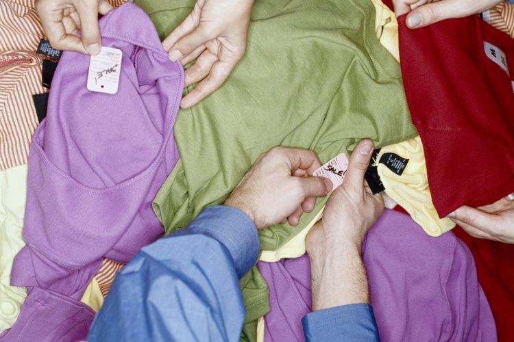 Selecciona tus prendas por color.