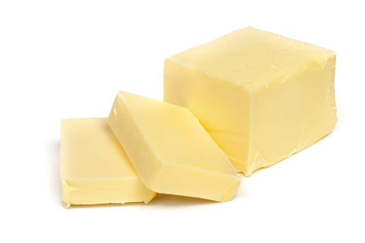 Bate la mantequilla sin una batidora.