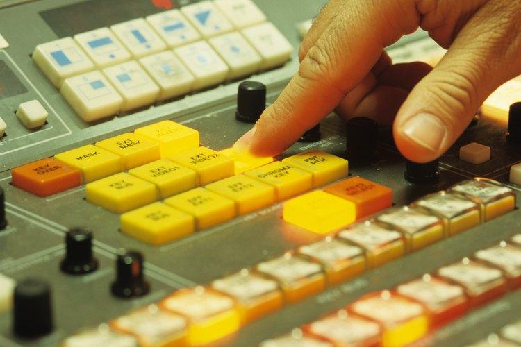 El dedo de un editor puede definir el efecto de tu anuncio.