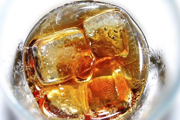 Whiscola con hielo.