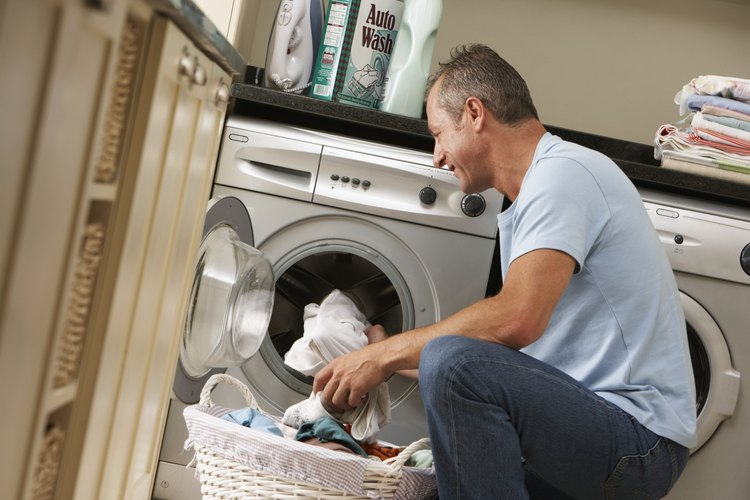 Los pantalones de microfibra están fabricados para poder lavarlos.