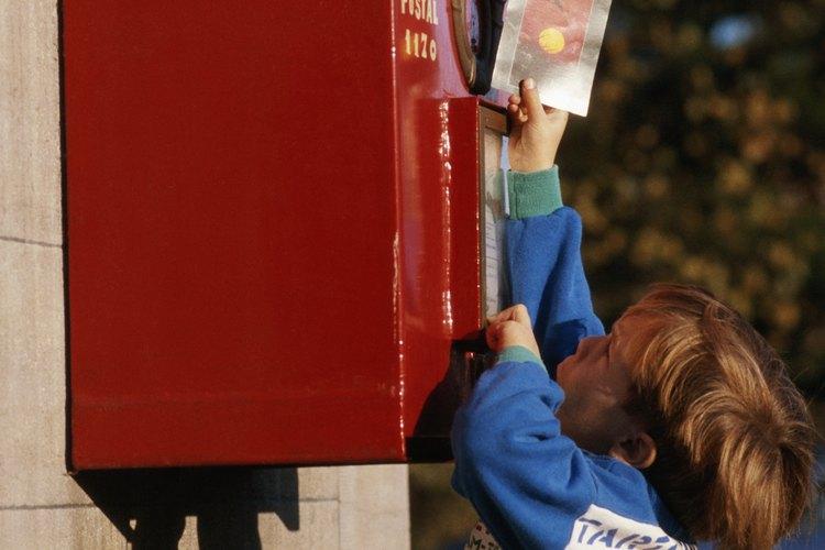 Cómo encontrar correspondencia perdida del servicio postal o un paquete.