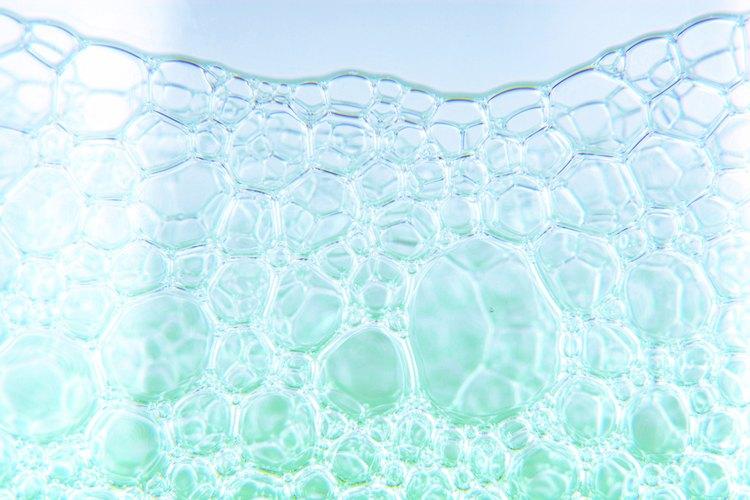 Reemplaza el detergente comercial para lavar la ropa por uno casero y totalmente natural.