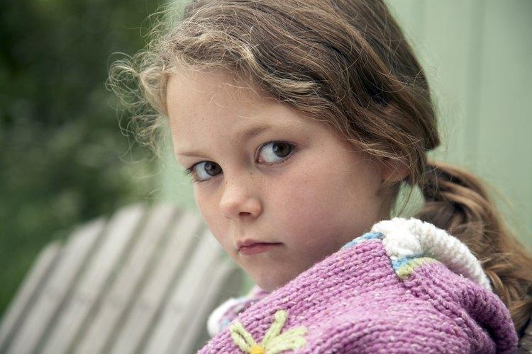 Los niños en hogares de acogida a menudo enfrentan problemas de depresión y abandono.