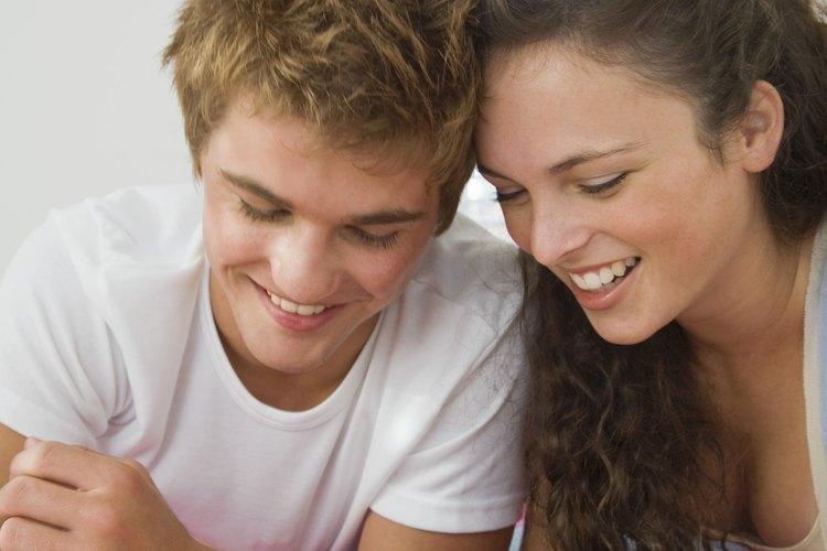 Las citas adolescentes generalmente son muy diferentes a las de los adultos.
