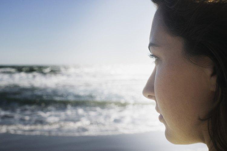 La empatía psíquica se refiere a la capacidad de experimentar las emociones de los demás.
