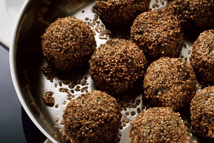 Las bolas dulces de sésamo pertenecen a la comida asiática.