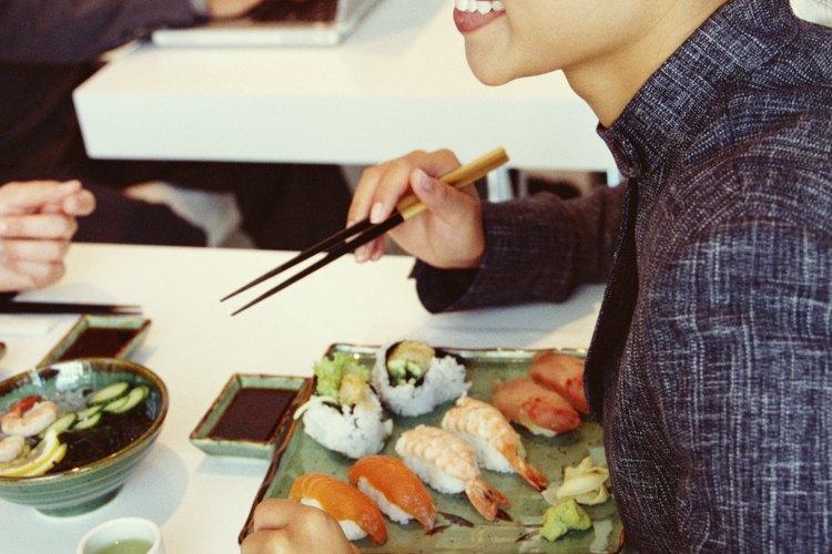 Elige opciones de comida saludable.