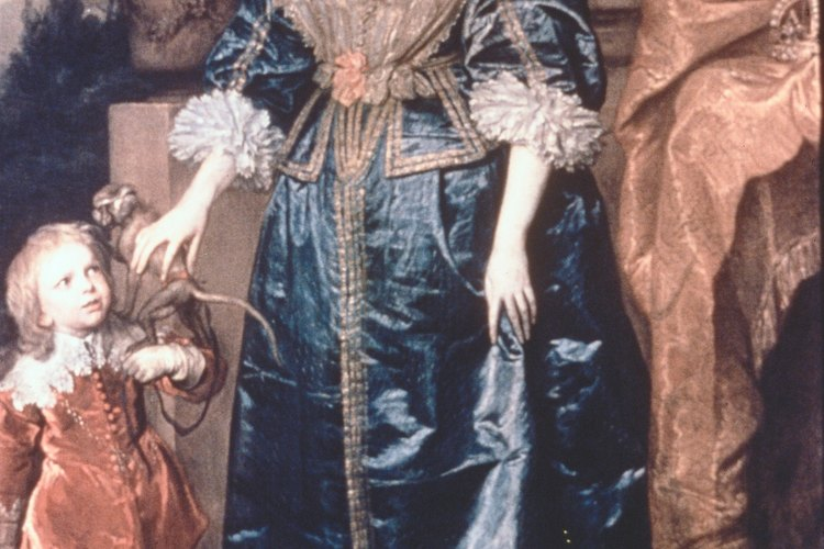 Las mujeres de clase alta en el siglo XIX llevaban vestidos de noche después de las 4 p.m, así como después de esta hora se les permitió exponer sus cuellos y pechos.