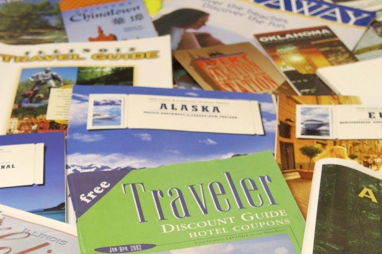 Los libros de viaje son muy útiles para los viajeros.