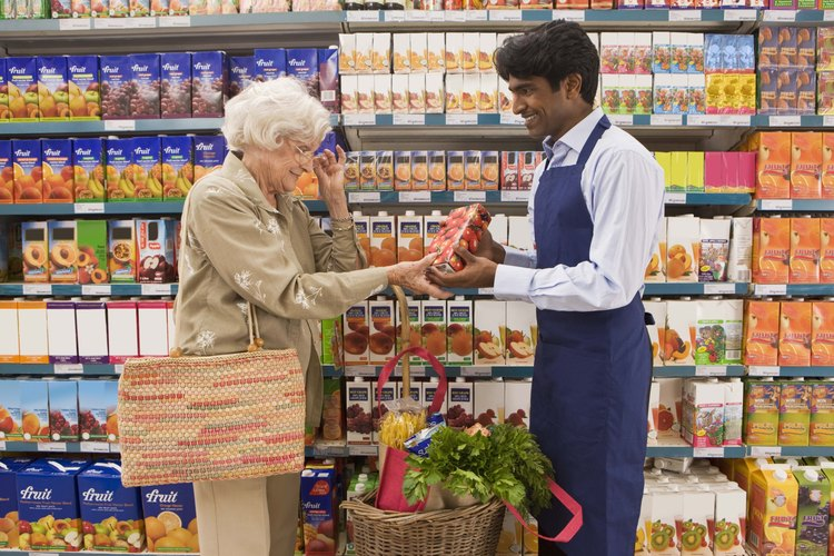 Los empacadores ofrecen un servicio amigable al cliente.