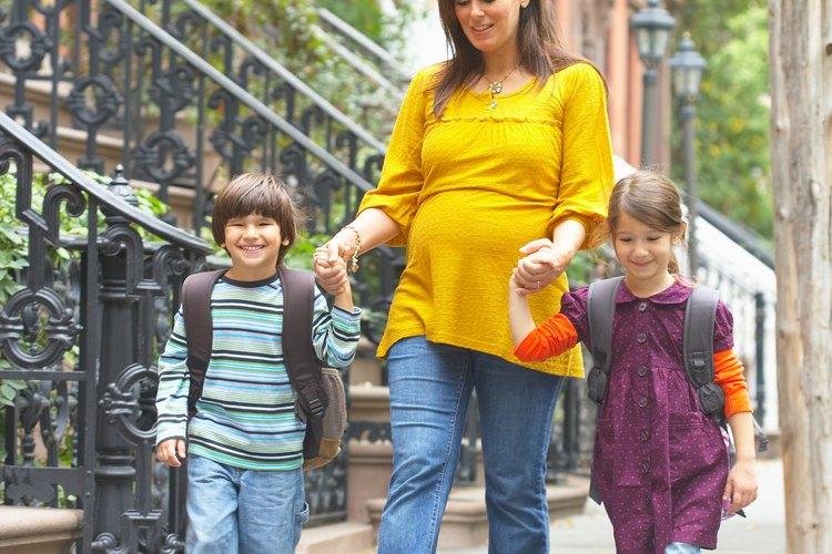 Elige una mochila que sea apropiada para la edad de tu niño.