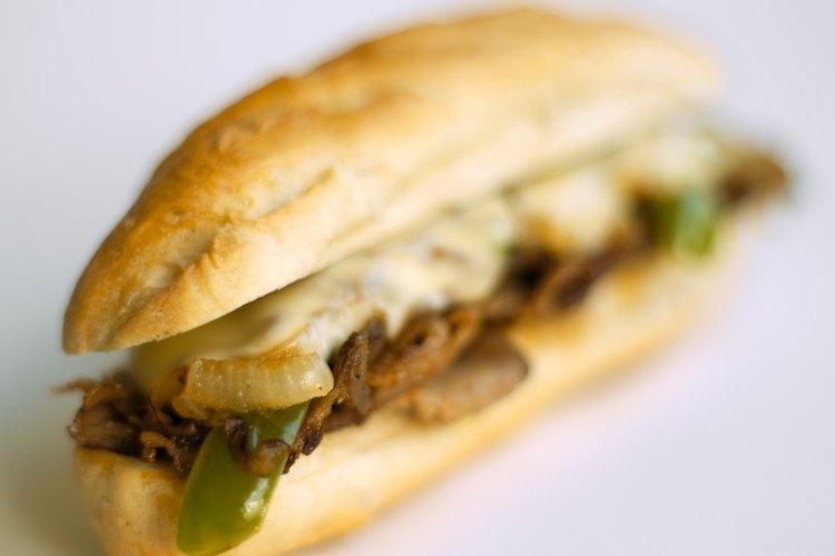 En tu próxima fiesta o evento, sirve sándwiches deliciosos de carne de res.