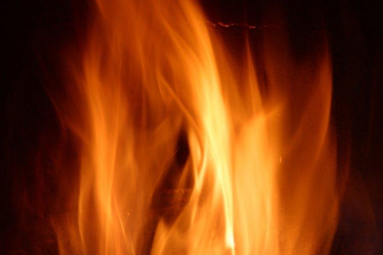 Crea llamas que revivan cálidos recuerdos