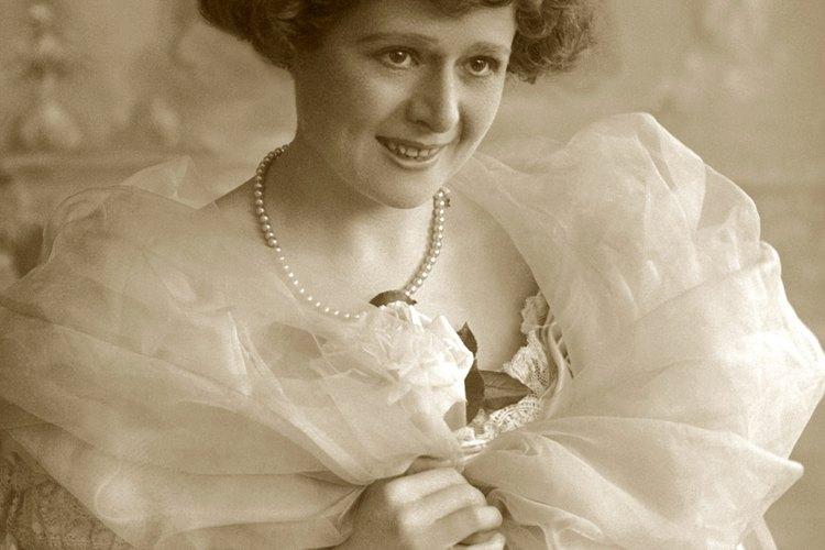 La moda femenina de la época victoriana era elaborada y elegante.