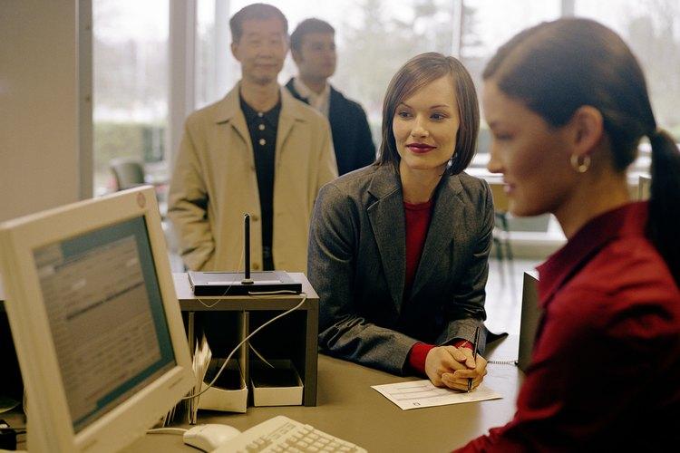 Recepcionista de banco.