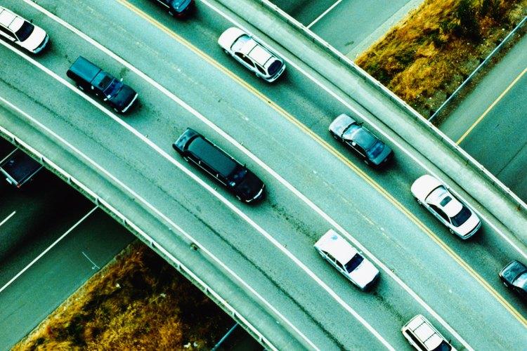 El costo promedio de moverse alrededor de los Estados Unidos se estima en alrededor de US$463 por mes.