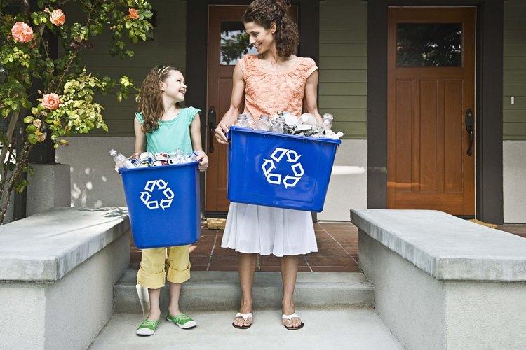 Ella va a estar orgullosa de su nueva experta del reciclaje.