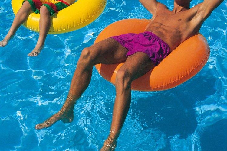 Las piscinas inflables requieren superficies de suelo niveladas.