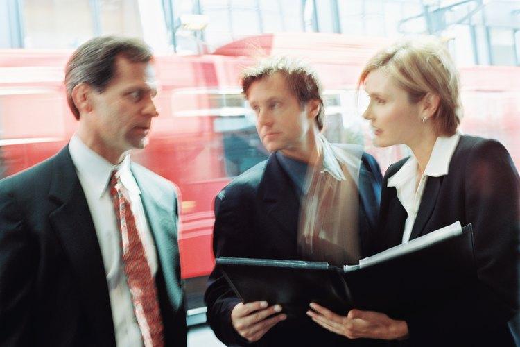 Los puestos de subgerencia existen en varias industrias.