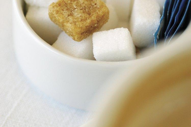 La dulzura del azúcar atrae a la cucarachas.