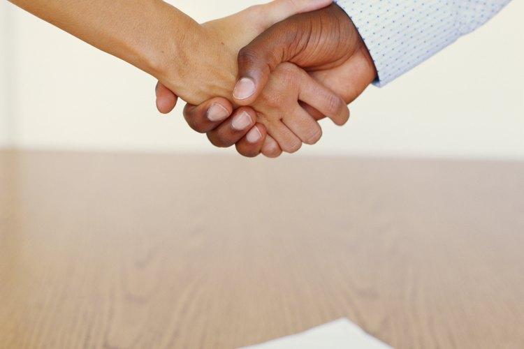 Con nuestros consejos lograrás hacer un gran currículum vitae.