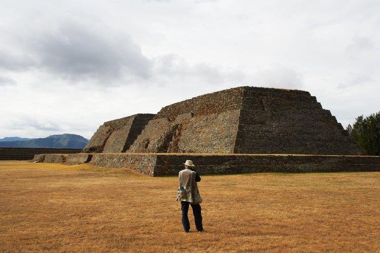 Las ruinas arqueológicas son unos de los muchos temas de investigación en materia de patrimonio histórico cultural y turismo.